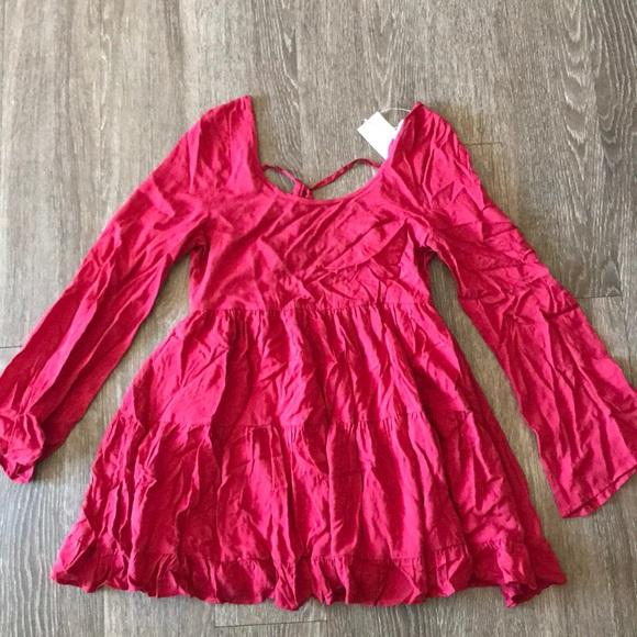 Tobi Dresses & Skirts - Tobi red flowy dress